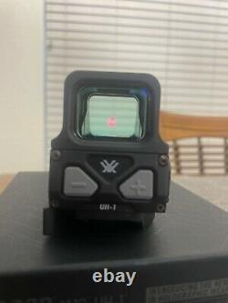 Vortex AMG UH-1 Holographic Sight (1 MOA Red Dot Reticle, Matte Black)